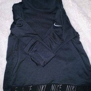Nike Turtleneck Dry fit Sweatshirt